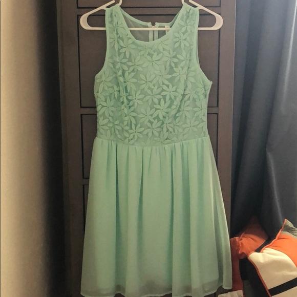 Xhilaration Dresses & Skirts - Xhiliration sea foam dress